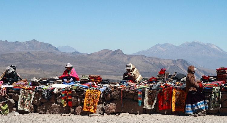 artesanas locales en arequipa