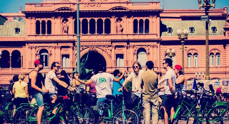 Palacio de Gobierno en bicicleta Buenos Aires