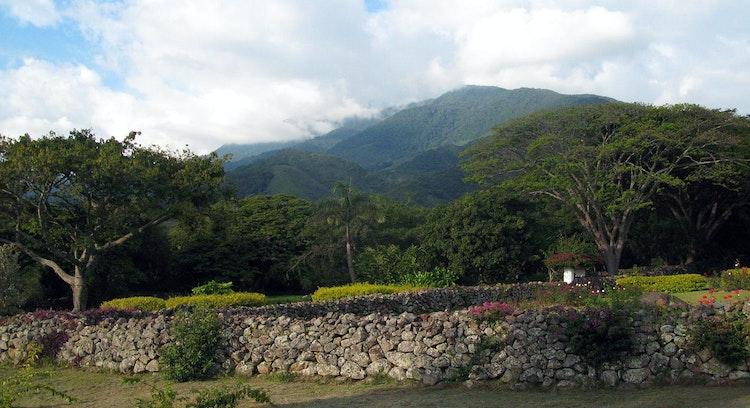 Muro de piedra de hacienda