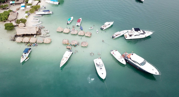 Full Day Isla Cholón