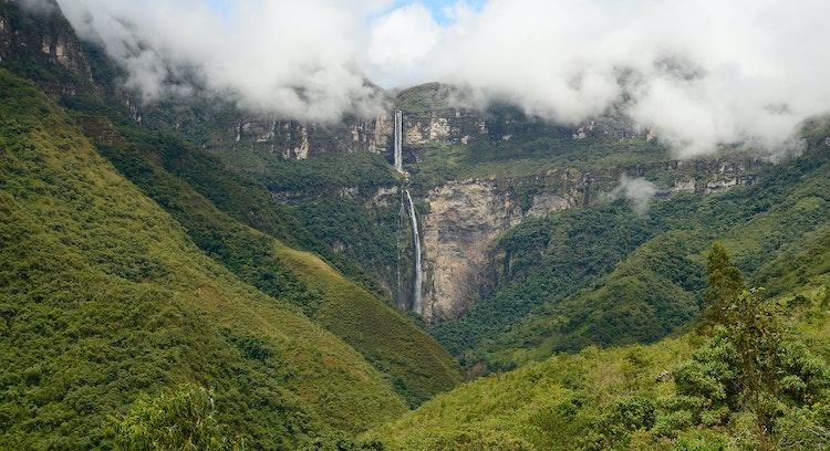 Paisaje selva alta peruana