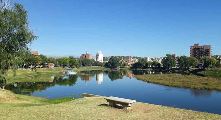 Parque con Vista al lago y ciudad, Villa Carlos Paz