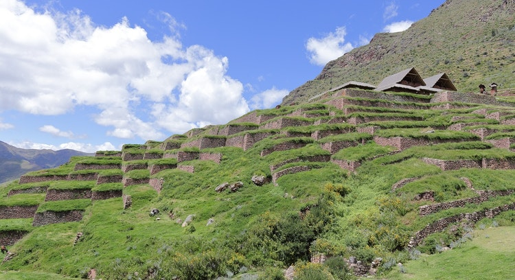 Monte em Huchuy Qosqo