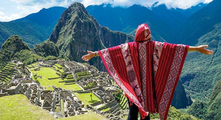 Vista hacia Machu Picchu