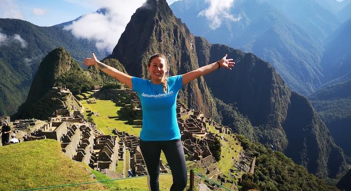 Turista Denomades en Machu Picchu