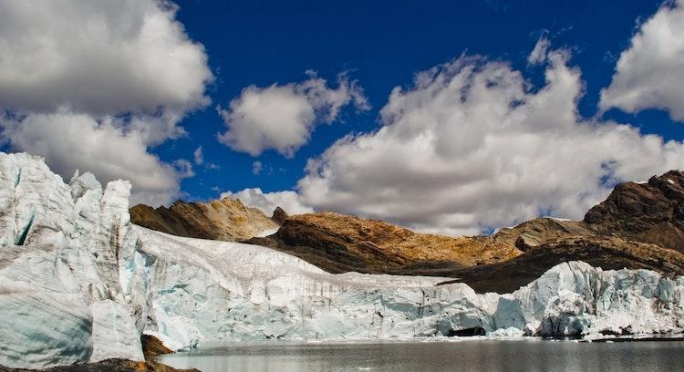 Panoramica Base del Nevado Pastoruri