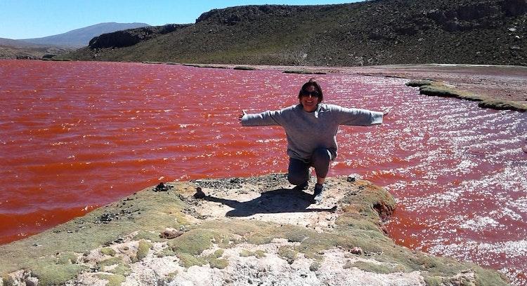 Personas en la Laguna Roja en Iquique