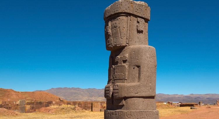 Escultura Tiwanaku en Bolivia