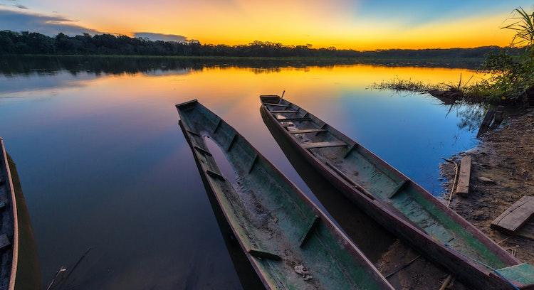 Canoas Parque nacional Madidi en Bolivia