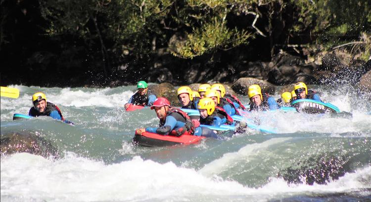 Bajando en hidrospeed por rio Trancura