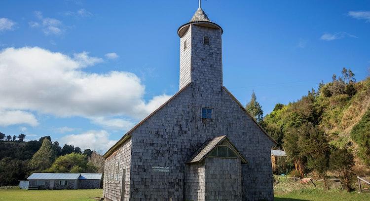 Iglesia de Caulín