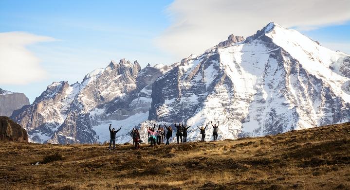 Grupo de trekking porterías tour Torres del Paine