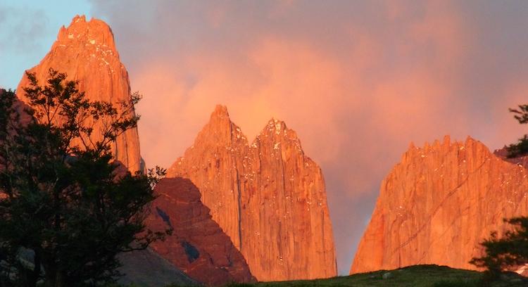 Amanecer en parque nacional Torres del Paine
