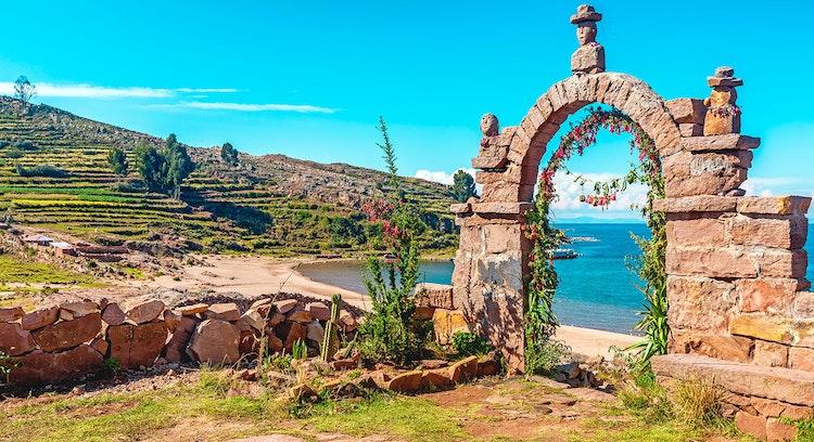Premium Uros and Taquile Islands
