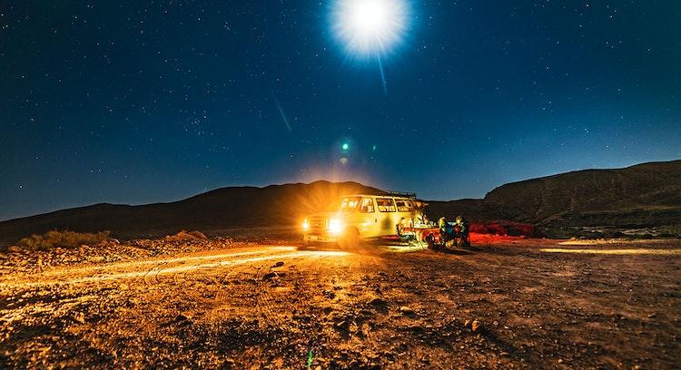 Campamento nocturno desierto de Atacama