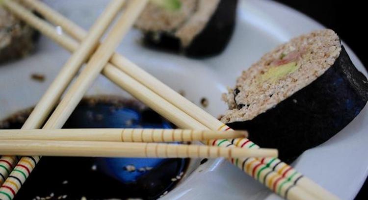 sushi de quinoa en el tour gastronómico en San Pedro de Atacama