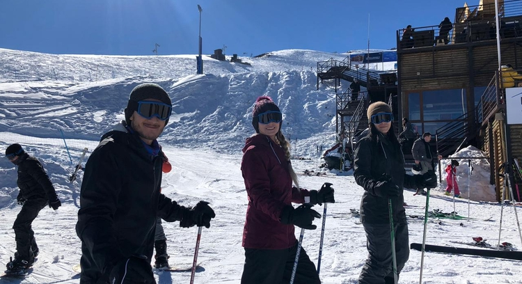 Young people skiing in La Parva