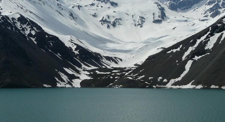 Kayak en la cordillera de los Andes